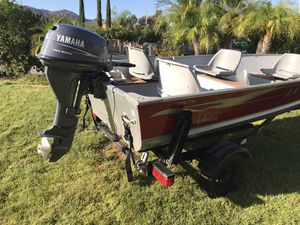 Lund WC-14 Boat with 15 HP motor and Zeman trailer - all 2004. Excellent condition with new trailer tires, gas tank, gas line and liner inside boat - for Sale in San Marcos, CA