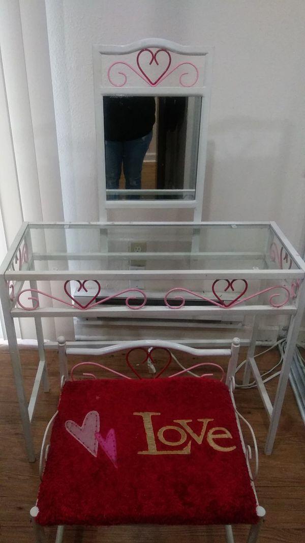 Desk for kid