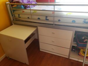 Loft Twin bunk bed for Sale in Woodbridge, VA