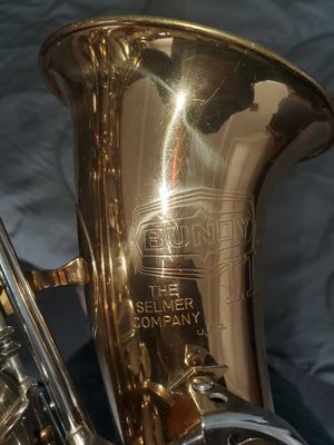 Selmer Bundy II Alto Saxophone for Sale in Long Beach, CA