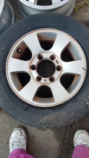 Free alloy rim for Sale in Ontario, CA