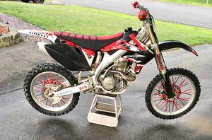 2006 Honda Crf450 Dirtbike for Sale in Whitman, MA