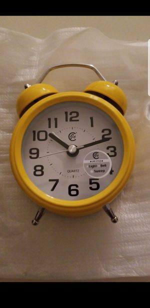 Retro Alarm Clock for Sale in Adelanto, CA