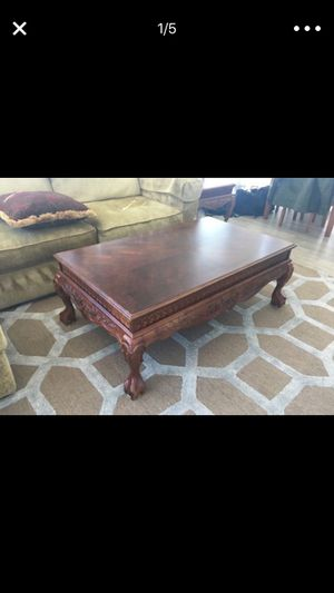 Beautiful engraved COFFEE TABLE WITH MATCHING END TABLES for Sale in Chicago, IL