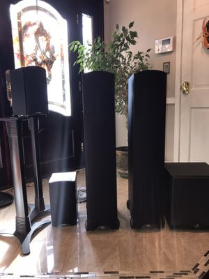 Surround-sound speakers for Sale in Staten Island, NY