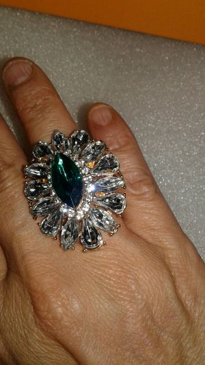 Beauttifull ring new stretch for Sale in Miami Gardens, FL