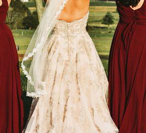 Oleg Cassini- Wedding dress for Sale in Manassas Park, VA