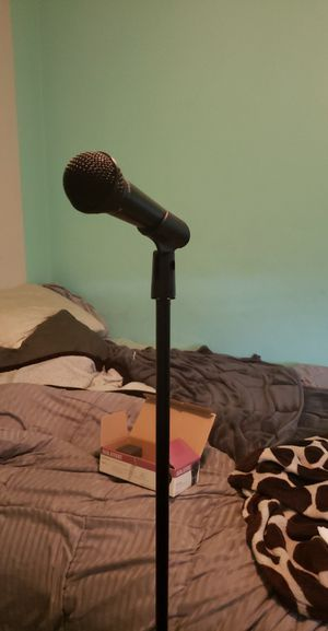 Microphone and stand for Sale in Bakersfield, CA