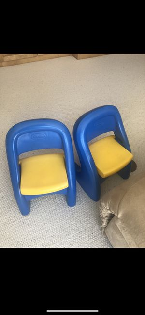 Little tikes kids table for Sale in Hopkins, MN