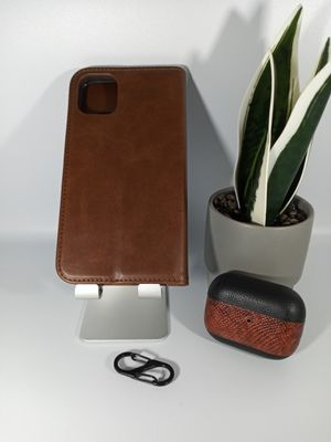 "Bundle for iPhone 11 5.6"", 11 Pro 6.1"" and Leather Airpods Pro Case for Sale in Loma Linda, CA"