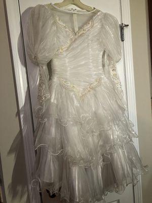 Beautiful white dress for Sale in Cumming, GA