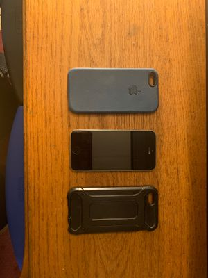 iPhone 5 S for Sale in Laurinburg, NC