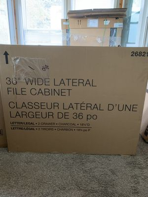 """Staples 2 Drawer 36"""" Lateral File Cabinet for Sale in Quincy, IL"""