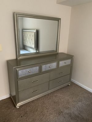 Queen Size Bedroom Set for Sale in Washington, DC