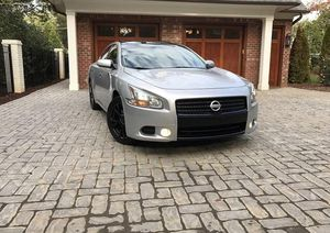 Price$14OO Nissan Maxima 2009 Power Seat for Sale in Wahneta, FL