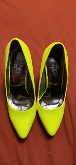 Neon green heels sz 7.5 for Sale in Fort Worth, TX