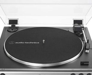 Audio Technica Turn Table Turntable AT-LP60X Automatic Record Player for Sale in Anaheim,  CA
