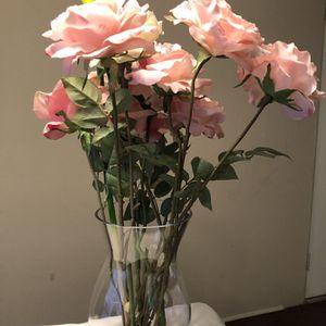 Vase Glass With Flowers for Sale in Houston, TX