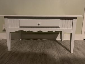Small, white wood coffee table for Sale in Sebastian, FL