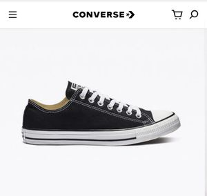 Converse Black Unisex Lowtop Chuck Taylors for Sale in Mount Laurel Township, NJ
