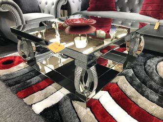 Mirror Coffee Table EGGK for Sale in Irving,  TX