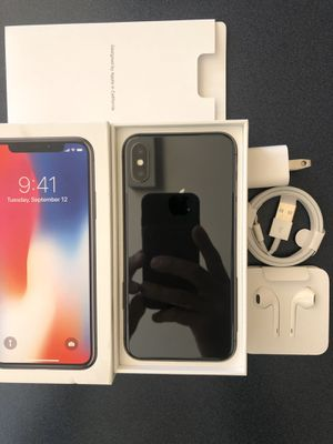 New Condition Factory Unlocked iPhone X iPhone 10 64GB 256GB Silver And Space Gray bloom berg for Sale in Miami Beach, FL
