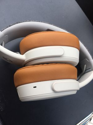 Skullcandy crusher wireless headphones for Sale in Columbus, OH