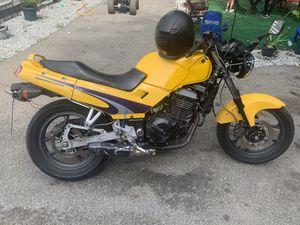 Kawasaki ninja ex250r for Sale in Sturbridge, MA