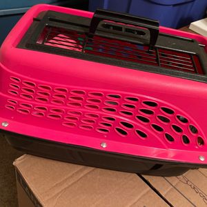 Dog/ Cat Carrier for Sale in Sacramento, CA