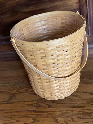 "Longaberger 14"" basket with swivel handle for Sale in San Jose, CA"