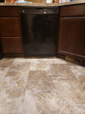 Kenmore oven, microwave and dishwasher for Sale in Rainier, WA