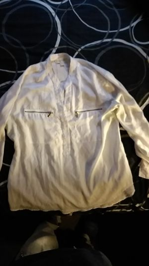 Women's Michael Kors white blouse size XL for Sale in Baltimore, MD