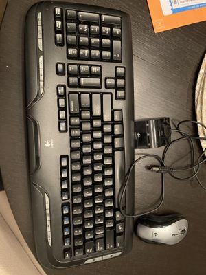 Logitech Wireless Keyboard and Mouse for Sale in Austin, TX