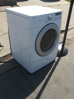 Free Dryer for Sale in Salinas,  CA