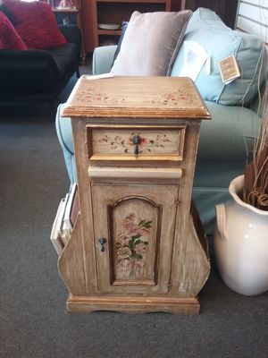 Flowered Side Table w/ Storage $75 for Sale in Warminster, PA