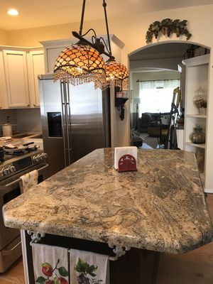 Granite Counter Top Ready for Your Island! for Sale in Puyallup, WA