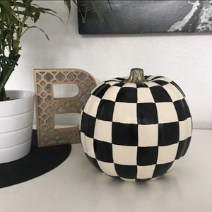 """9"""" hand painted pumpkin for Sale in Valrico, FL"""