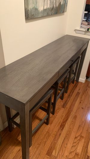 Breakfast table for Sale in Yonkers, NY