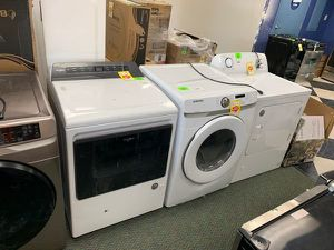 GAS DRYERS LIQUIDATION SALE E4Q9O for Sale in Houston, TX