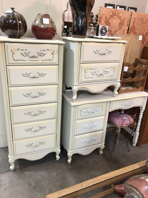 3 pc Vintage Tall Dresser, Desk and Nightstand for Sale in Sahuarita, AZ