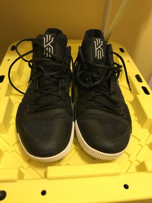 Nike Kyrie 3 (Sz 12) for Sale in Silver Spring, MD