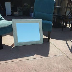 Off WHITE BEVELED EDGE ANTIQUE MIRROR for Sale in Fresno, CA