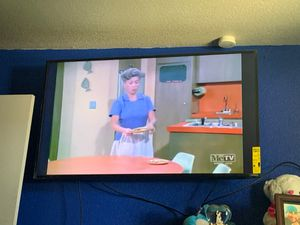4K vizio 55 inch smart tv with surround bar n bass box $375 obo package deal for Sale in Fresno, CA