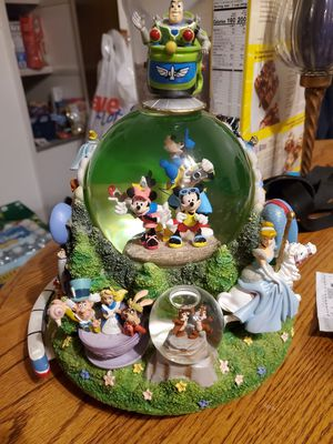 Disney Zipity Do Dah Double Snow Globe for Sale in Florissant, MO