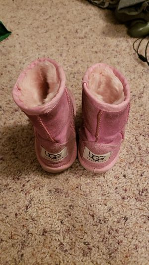 Pink ugg boots--little girl for Sale in Joliet, IL
