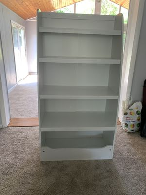 White bookcase for Sale in Alexandria, VA
