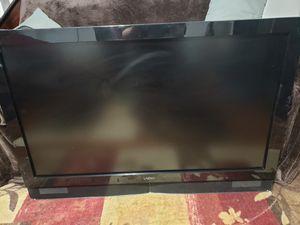32 Inch HD Vizio Flat Screen TV for Sale in New Kensington, PA