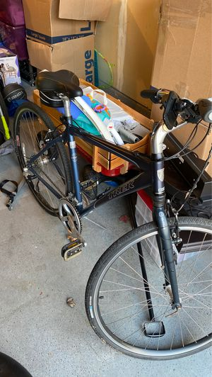 Trek mountain bike for Sale in Ashburn, VA