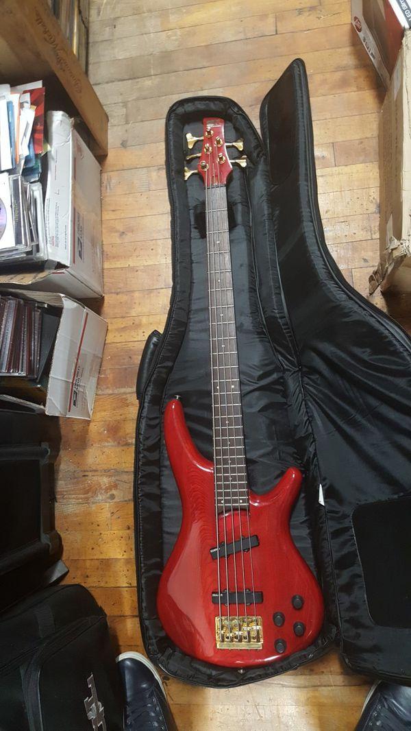 Ibanez SDGR Active Five String Bass W Gig Bag guitar