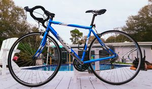 Fuji Road Bike for Sale in St. Petersburg, FL